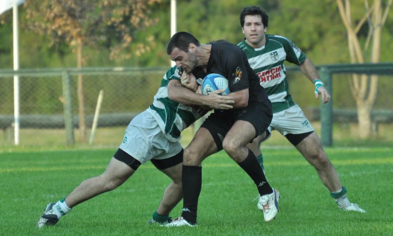 trebol rugby vs los cuervos - 02/09/2012 - Andres Franco-El Telegrafo