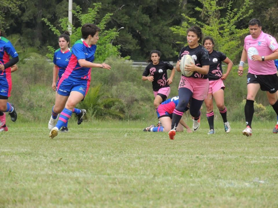 Fotos: Facebook Rugby  Femenino Uruguay